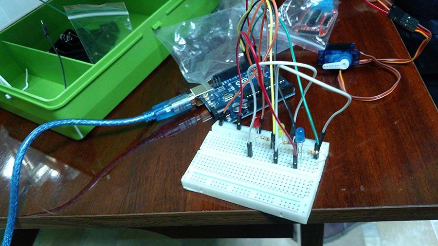 Проект ArduBlock Умный светофор-шлагбаум — robbo